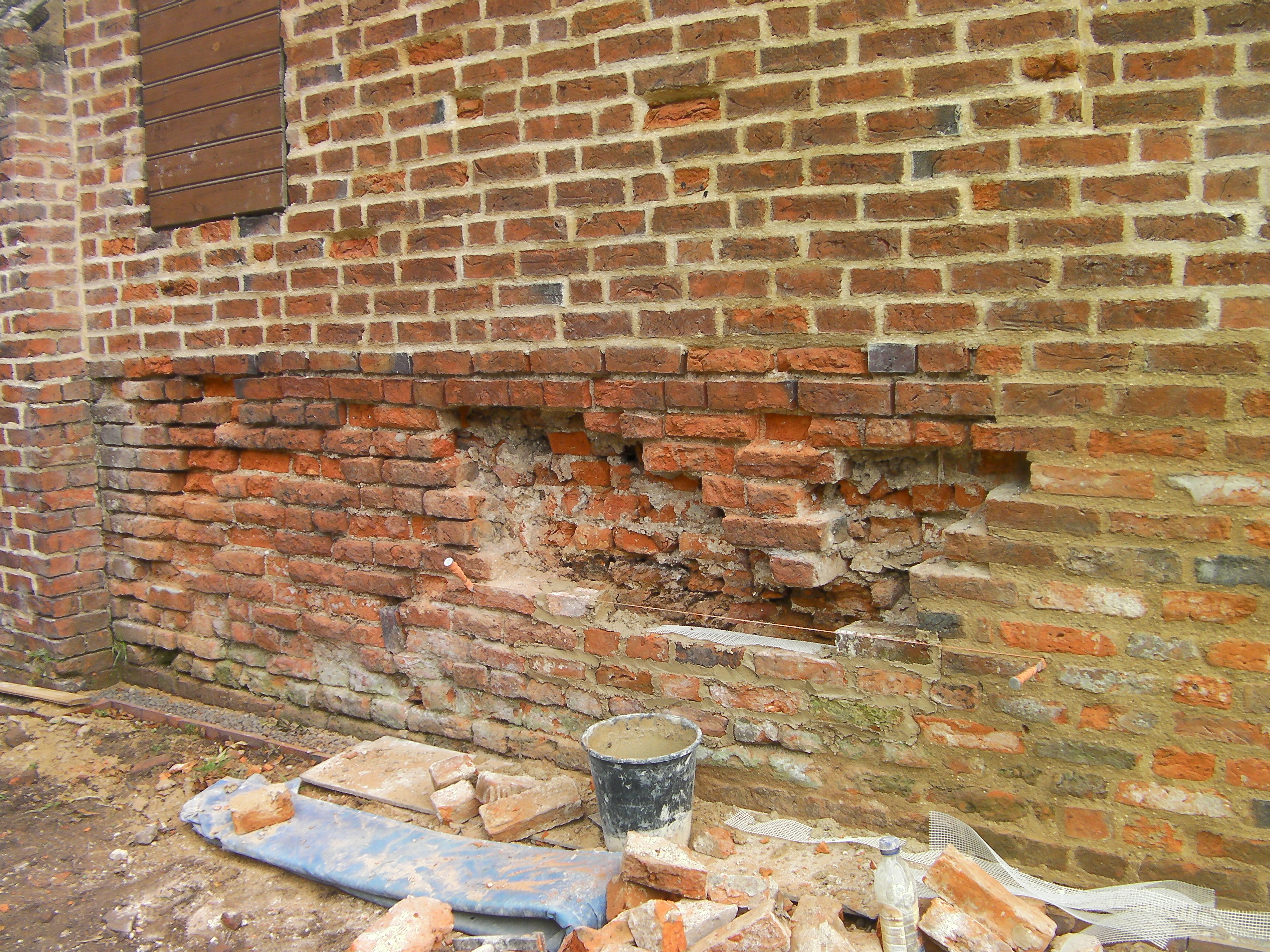 st astier lime mortar in brick work